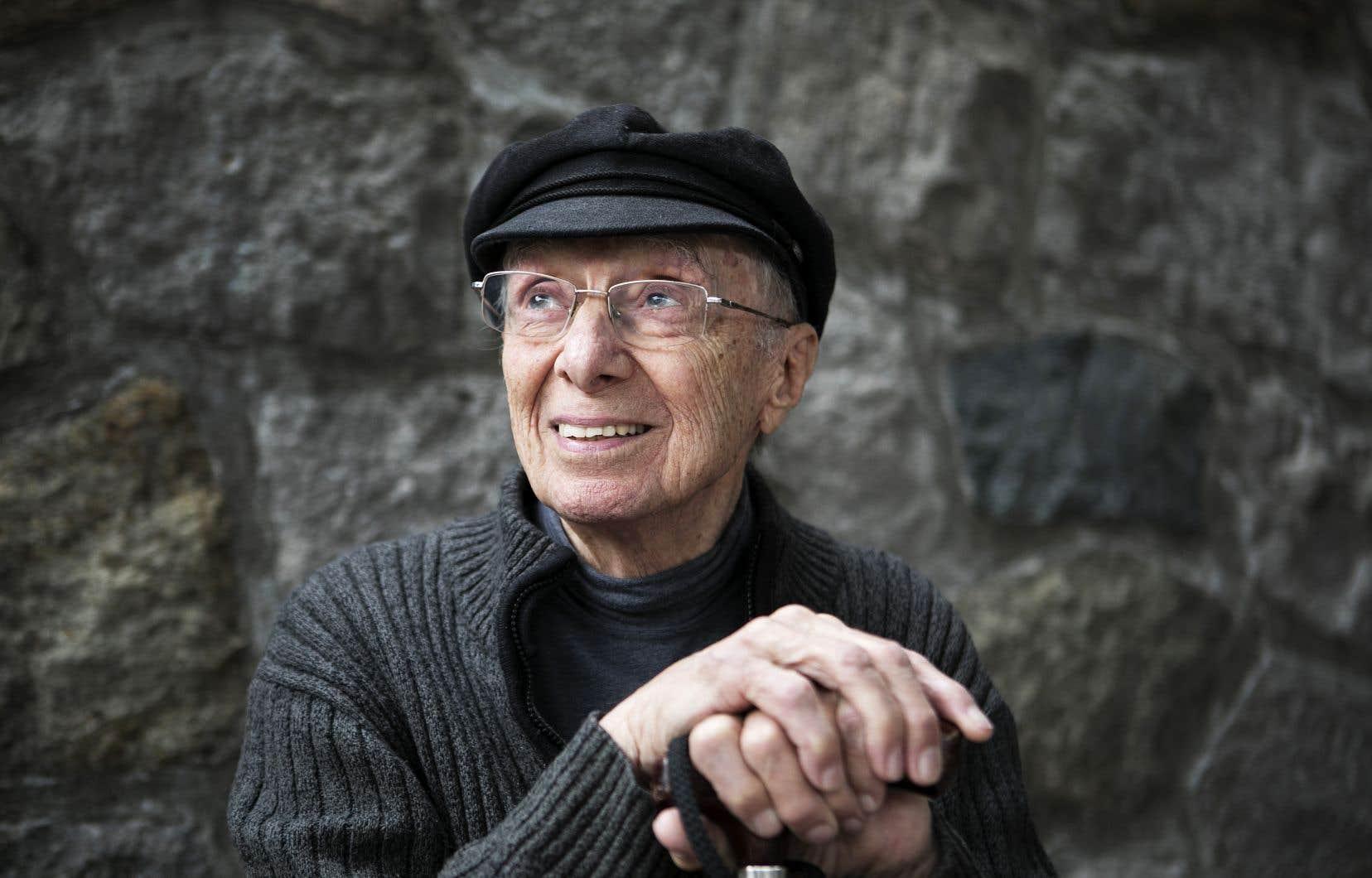 Aujourd'hui âgé de 91 ans, Fernand Dansereau a porté une grande variétés de chapeaux au cours de sa longue carrière, ayant été tour à tour producteur à l'ONF au début du cinéma direct, scénariste, cinéaste de fiction et documentariste.