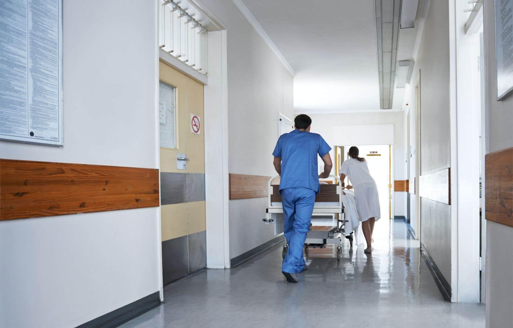 Selon la FIQ, l'ensemble des conditions de travail des infirmières doit être amélioré et la profession doit être revalorisée.