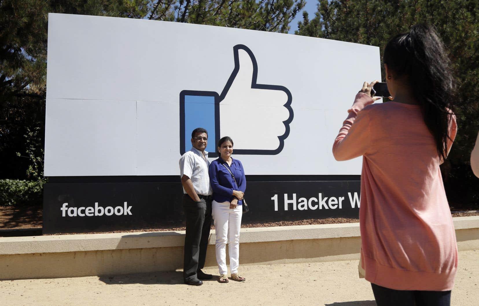 Facebook a quand même affiché 2,43 milliards de dollars américains de bénéfice.