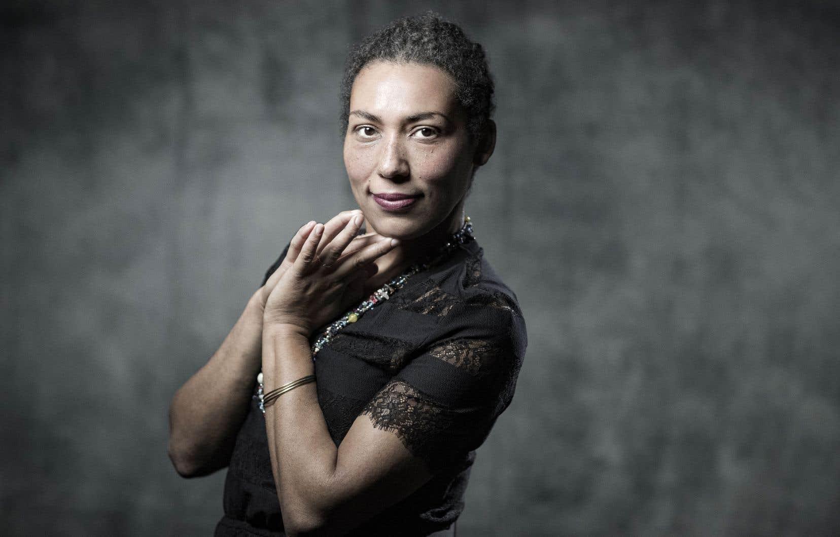 Estelle-Sarah Bulle est devenue une voix fondamentale des enjeux d'identité, de tolérance et de diversité.