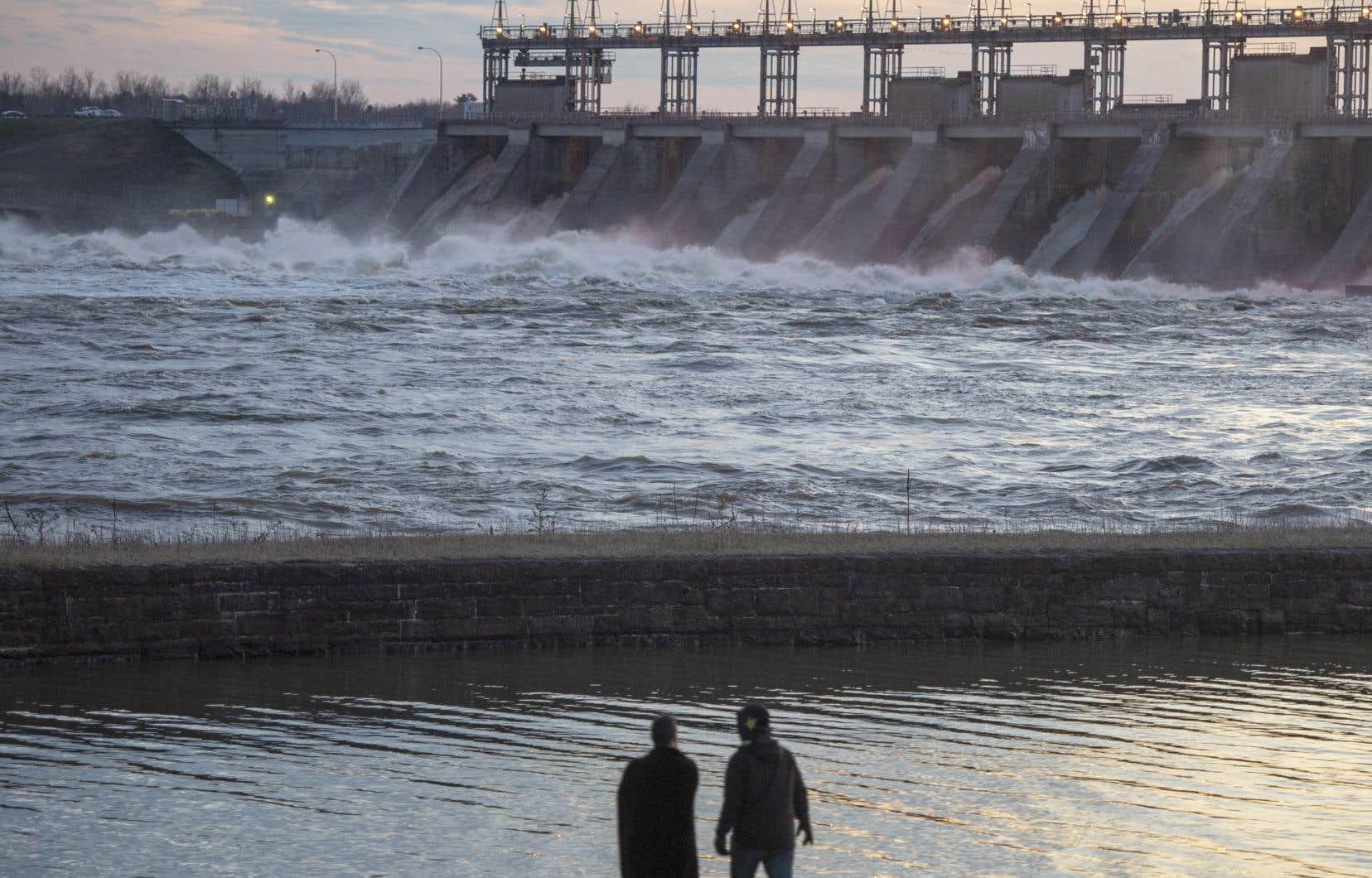 Le barrage hydroélectrique de Carillon, sur la rivière des Outaouais