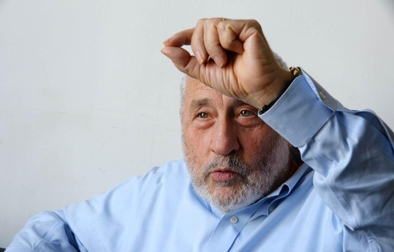Les économies comme celles du Québec et du Canada sont plus résilientes grâce à leurs mesures sociales, selon l'économiste Joseph Stiglitz.