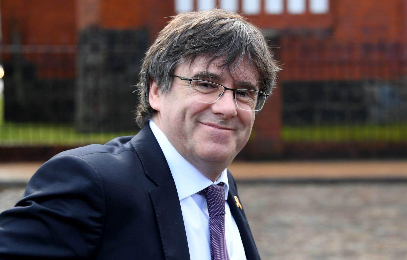 Carles Puigdemont, un député espagnol en exil en Belgique pour avoir participé à l'organisation du référendum sur l'indépendance de la Catalogne de 2017.