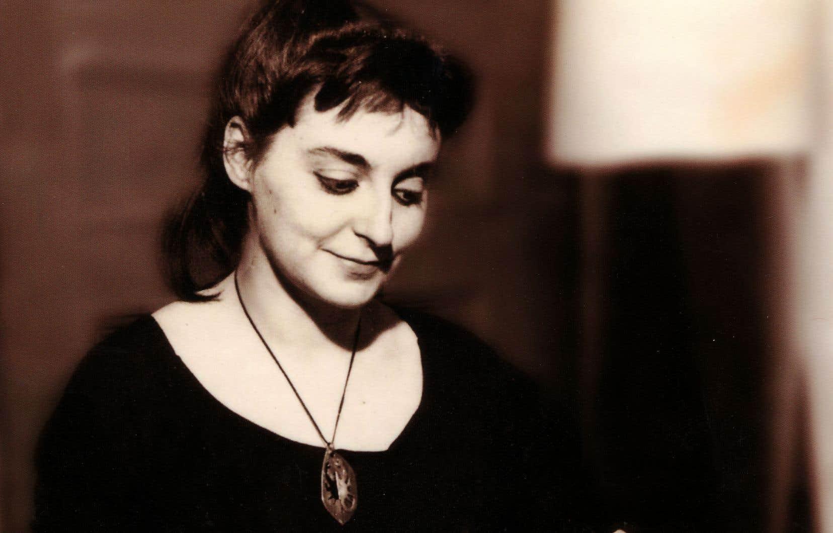 Louky Bersianik en 1961, Studio Lausanne, Montréal