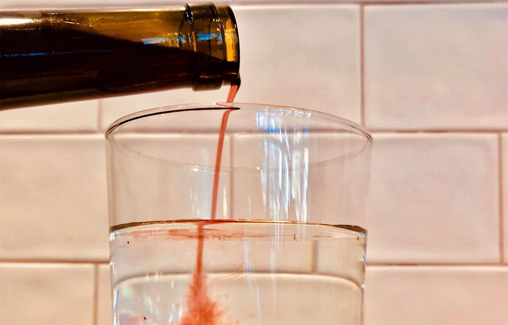 Mettre du vin dans son eau: ce n'est peut-être pas une bonne idée!