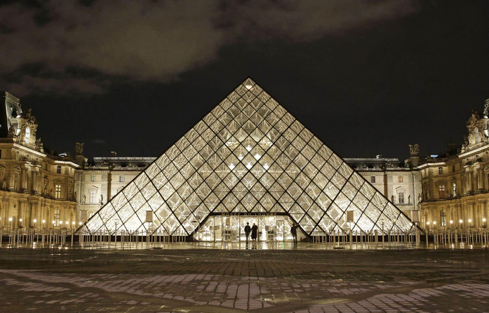 L'Italo-Canadienne Daniela Molinari a remporté le concours lancé par le Musée du Louvre et Airbnb pour célébrer les 30 ans de la pyramide de verre qui coiffe l'établissement parisien.