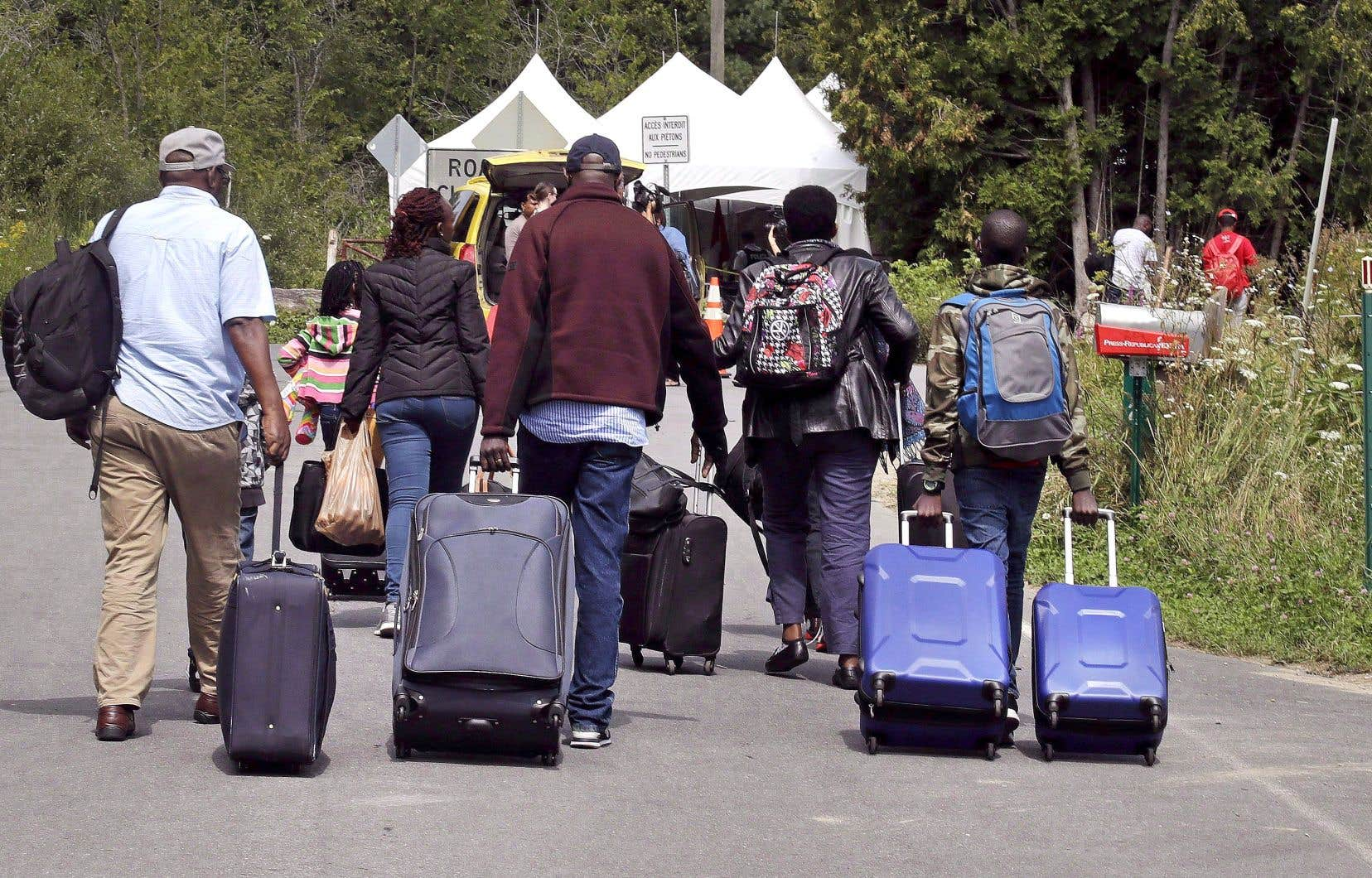 Les demandes d'asile ont explosé en 2017, notamment en raison de l'afflux de migrants irréguliers qui passent par le chemin Roxham.