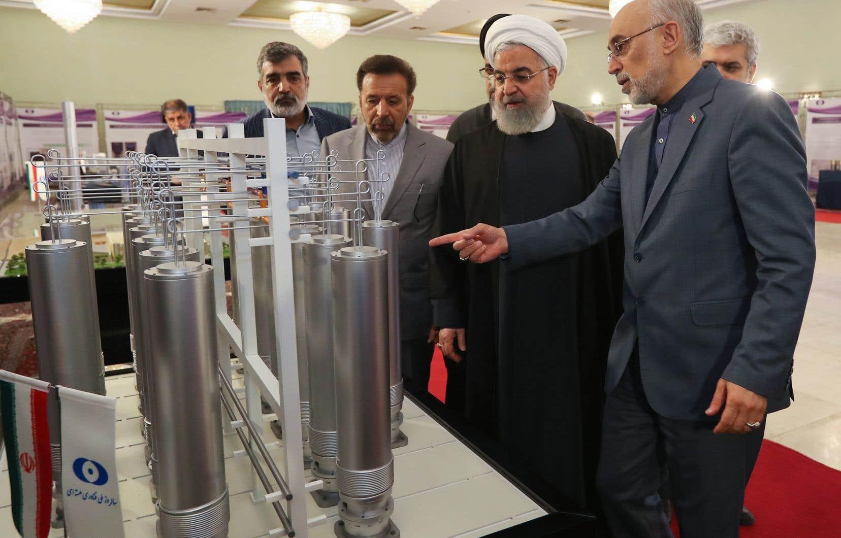 Le président Hassan Rohani visite des installations nucléaires iraniennes, le 4 avril dernier.
