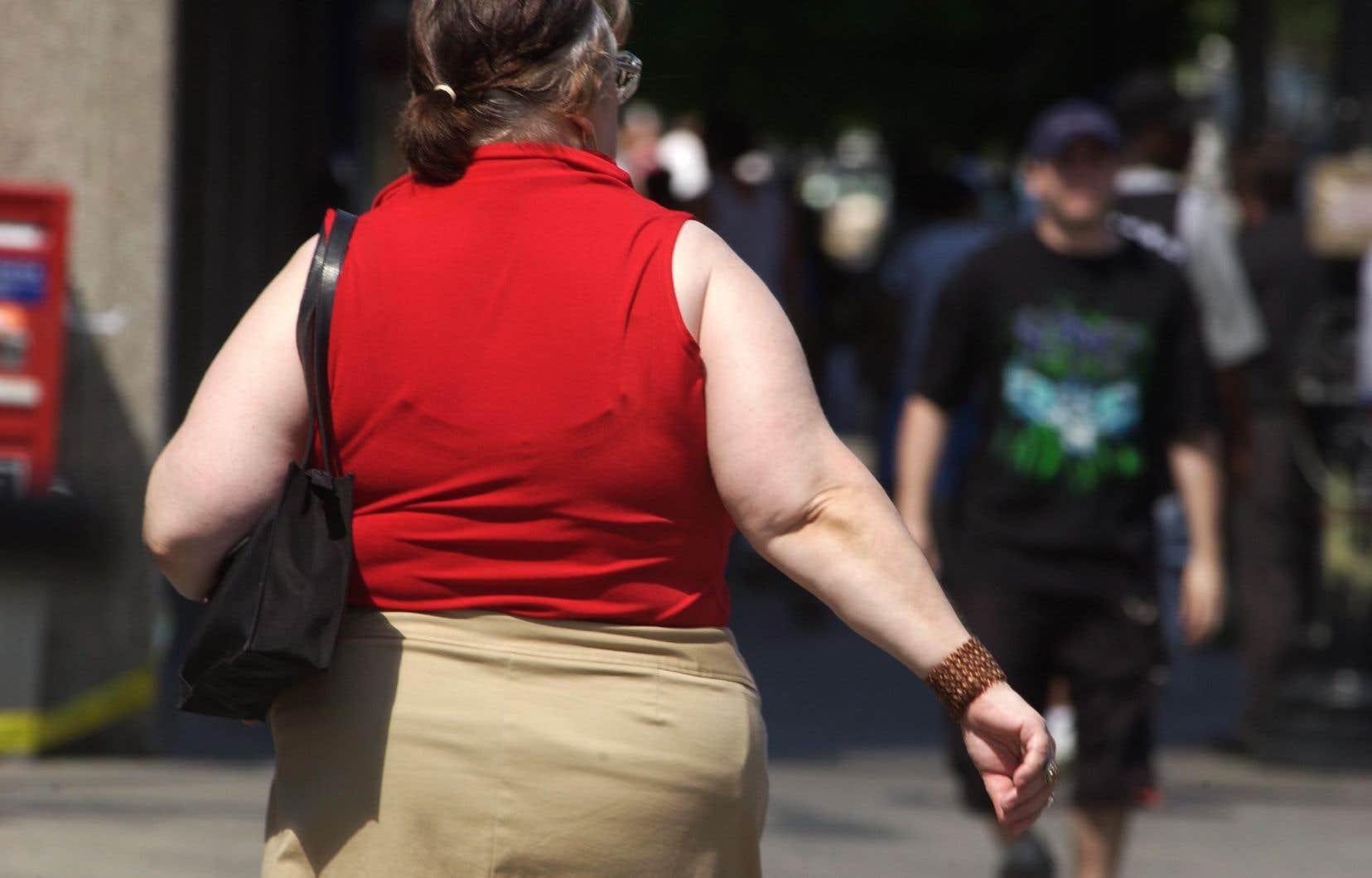 D'ici 2042, le nombre de cas de cancer dus à l'excès de poids triplera presque, passant de 7200 à 21000 cas, si les Canadiens ne modifient pas leurs comportements.