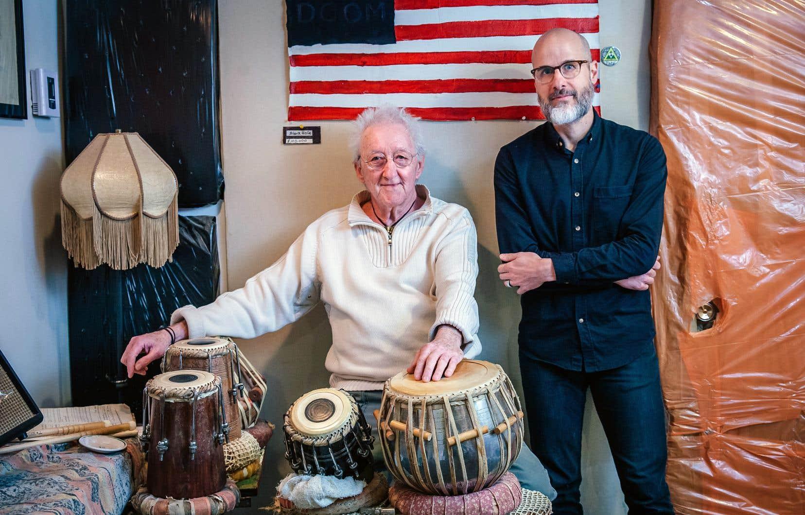 Eric Fillion en compagnie de Guy Thouin, de l'ensemble Jazz libre, chez lui, dans son studio d'enregistrement