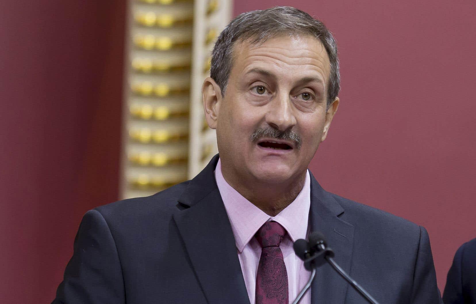 Le député péquiste de Bonaventure, Sylvain Roy, est à l'origine de ce mandat sur les effets des pesticides sur la santé, confié à la commission parlementaire sur l'agriculture.