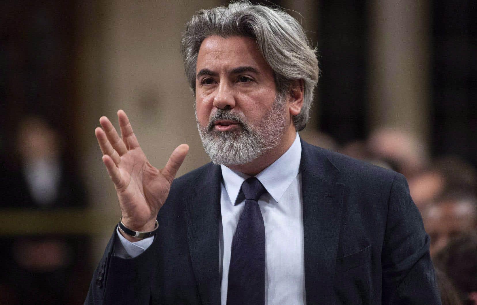 Le ministre du Patrimoine canadien et du Multiculturalisme, Pablo Rodriguez