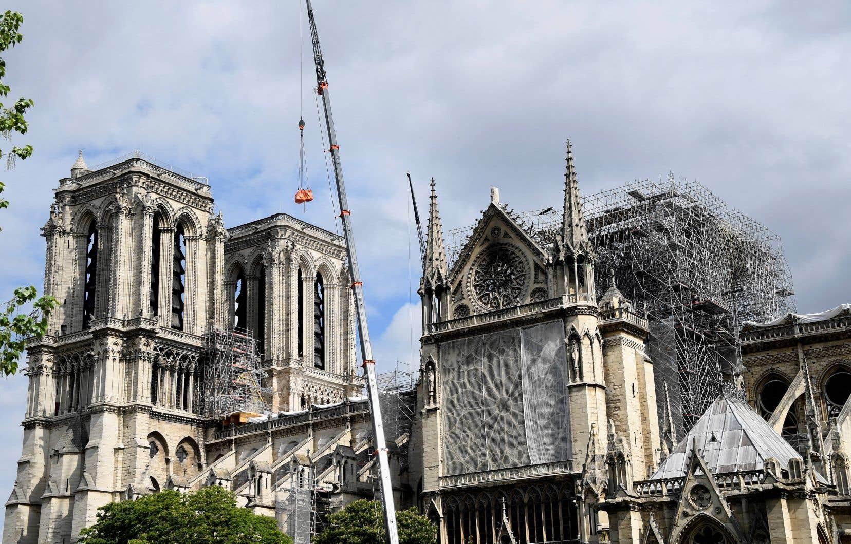 Les députés français examinent le projet de loi destiné à gérer les dons et encadrer les travaux de restauration de la cathédrale Notre-Dame, gravement endommagée par le feu le 15 avril dernier.