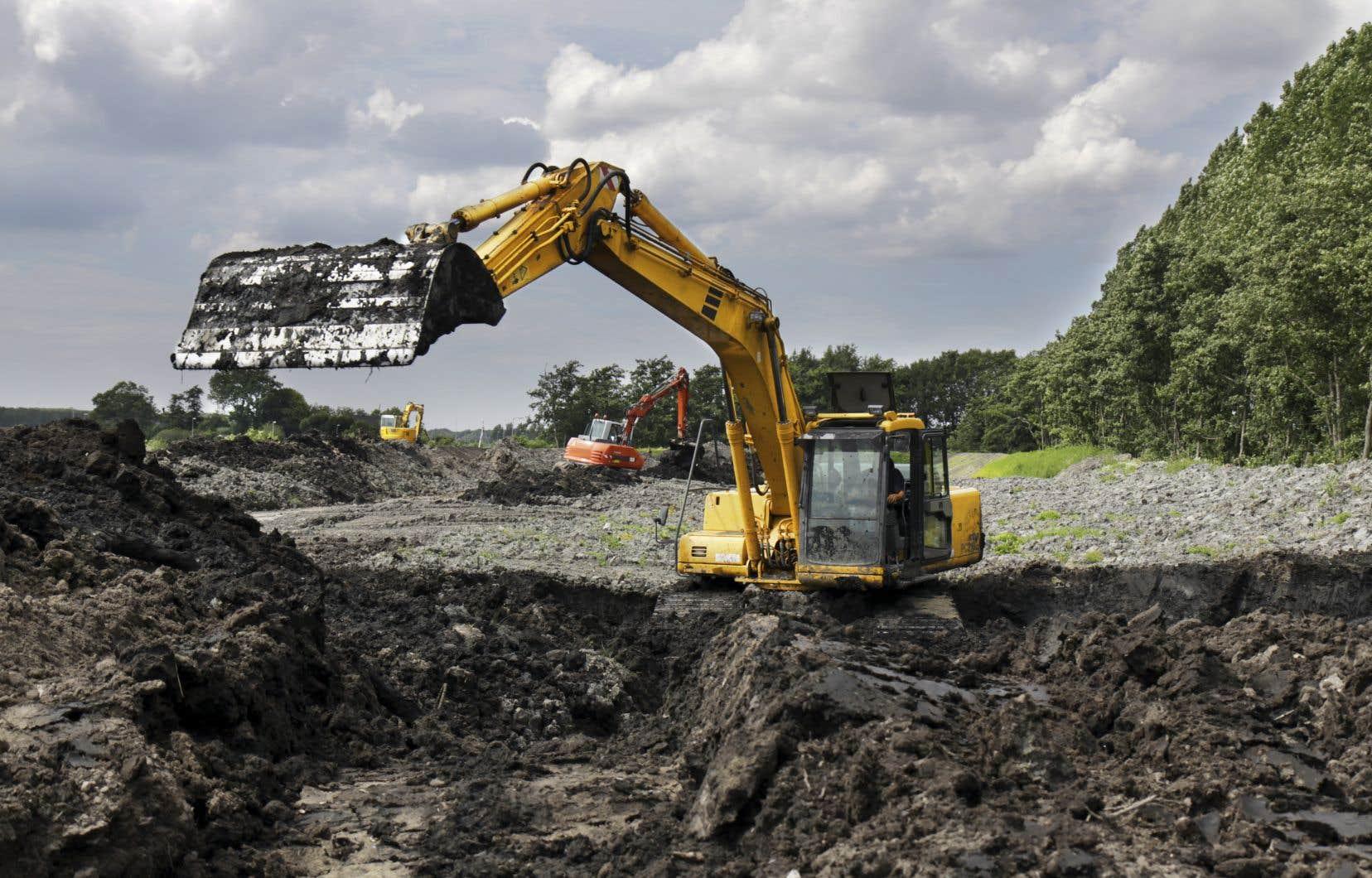 La facture totale pour restaurer les sites sous la «responsabilité» de l'État pourrait grimper à 1,22 milliard.