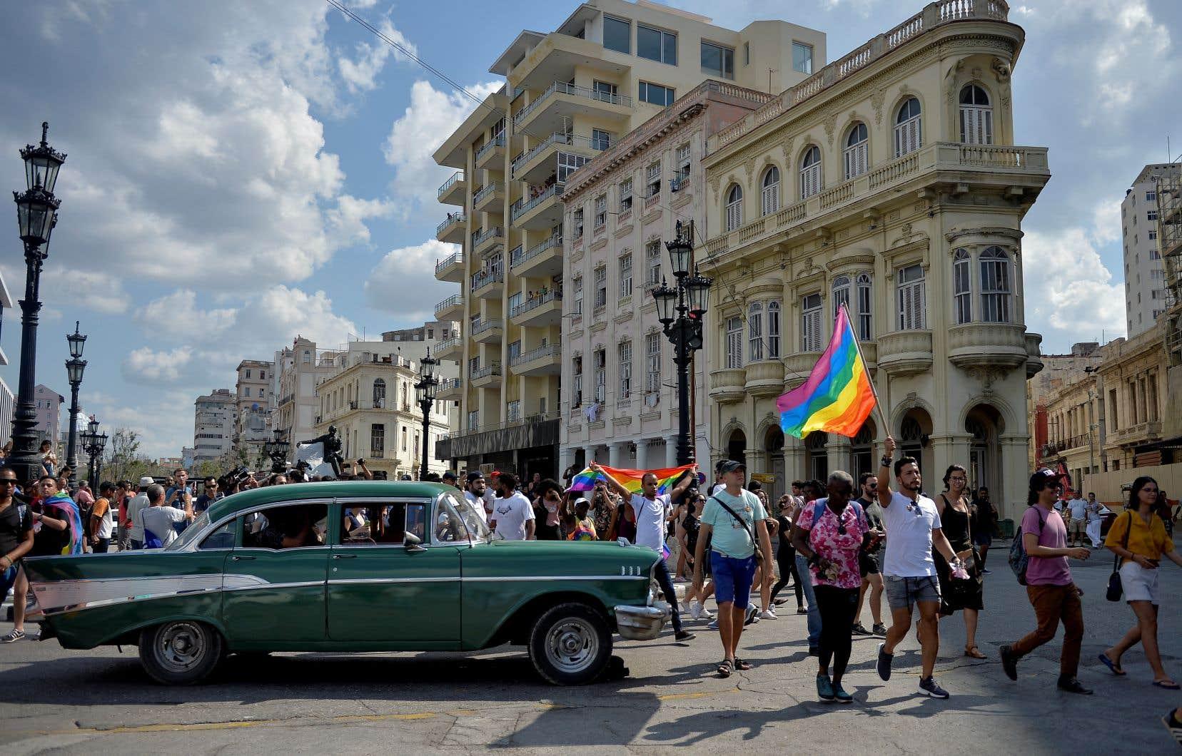 Les manifestants n'ont réussi à parcourir que 400 mètres le long de la célèbre promenade Paseo del Prado à LaHavane, avant d'être dispersés par la police.