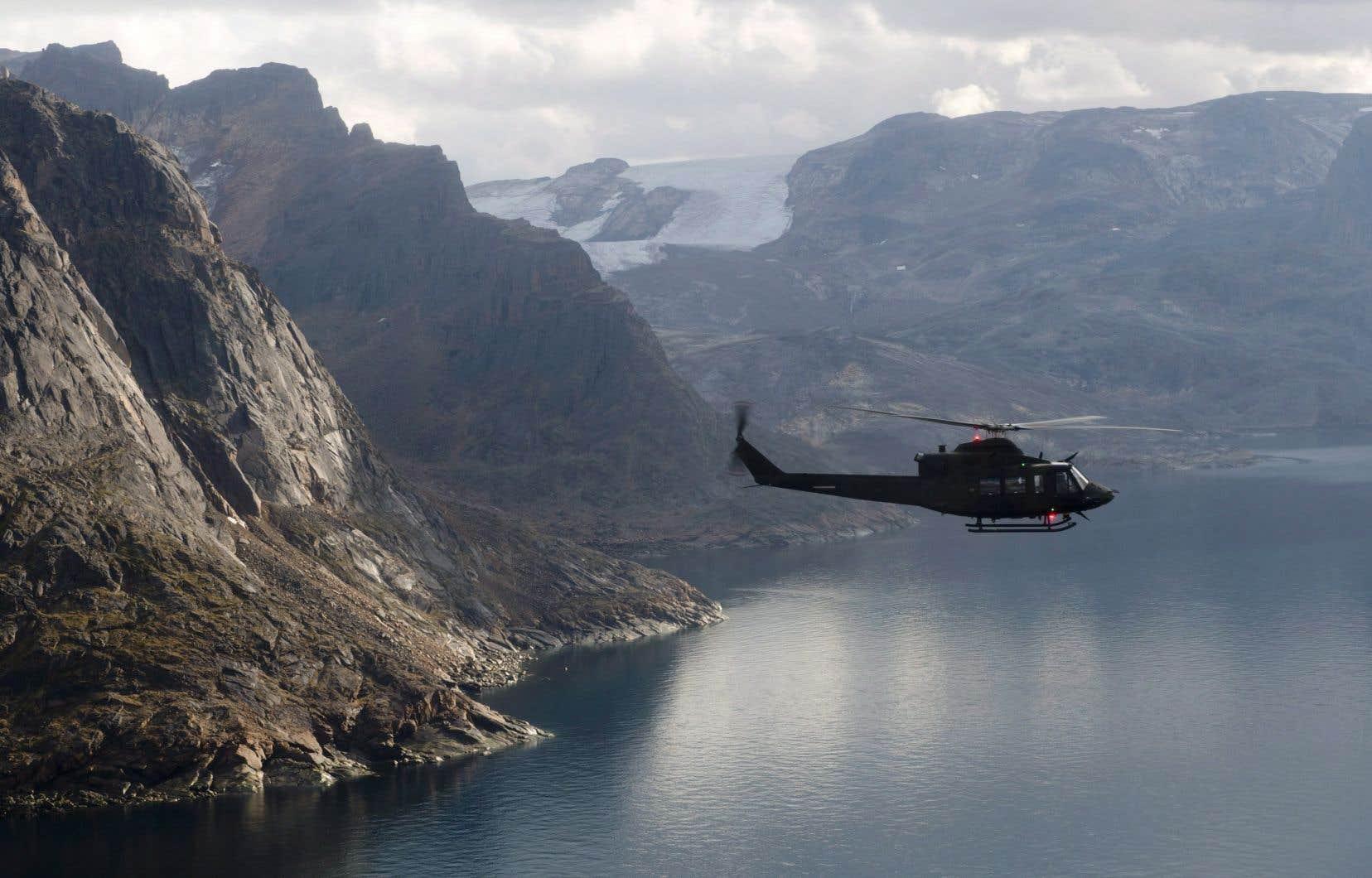 Les experts pensent que l'est de l'Arctique renferme d'importants gisements de pétrole et de gaz. Il existe 20 permis d'exploration pour les îles de l'Arctique et une autre au large de la pointe sud de l'île de Baffin.