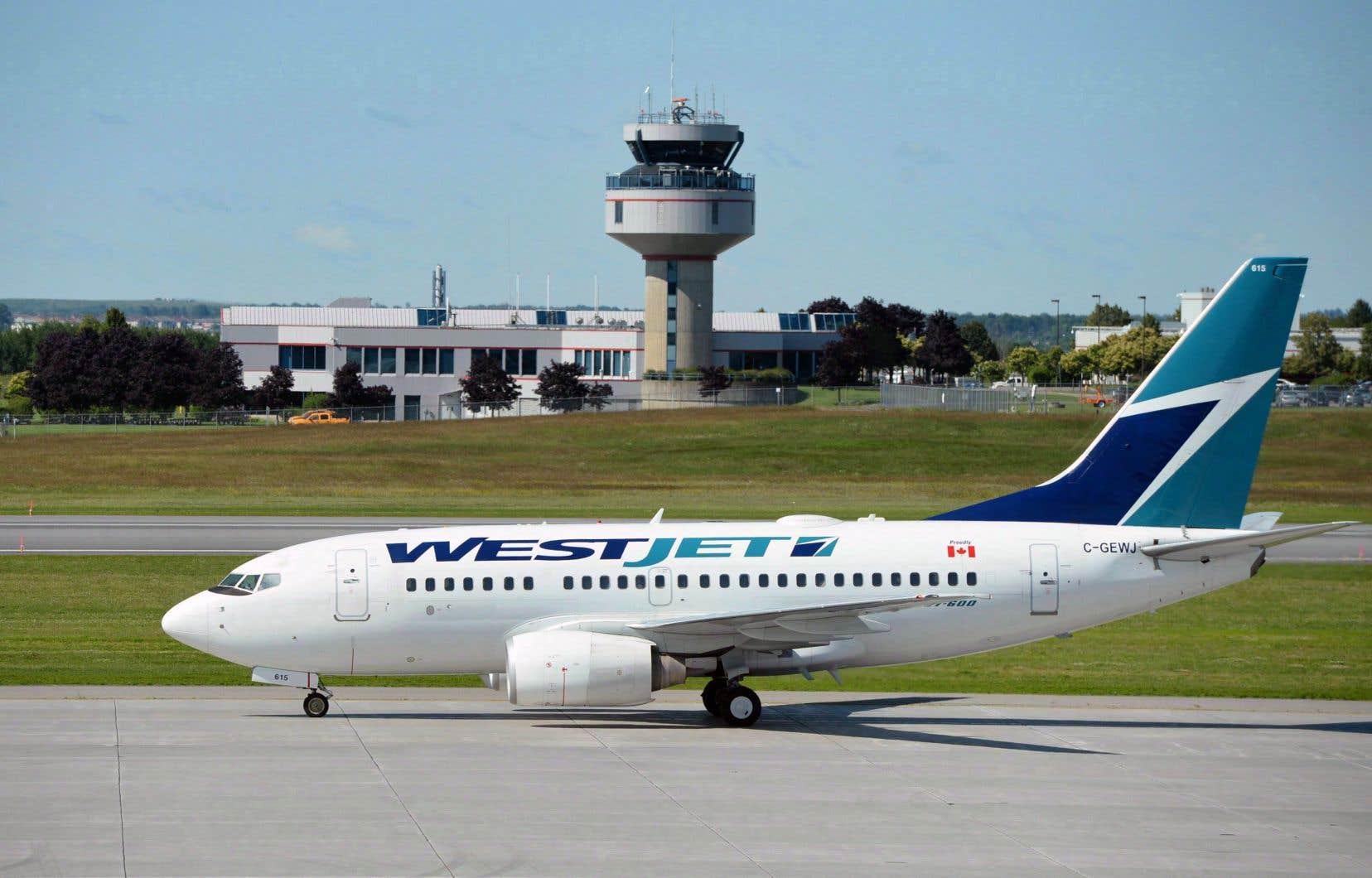 Un avion de WestJet à Ottawa
