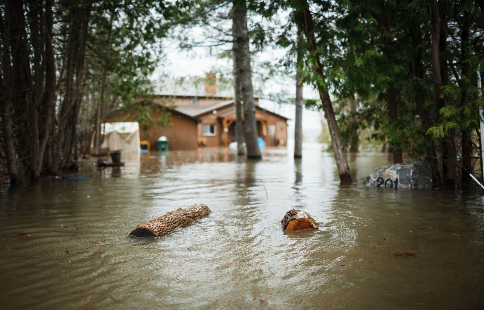 La région de l'Outaouais continue à souffrir des importantes inondations printanières de cette année.