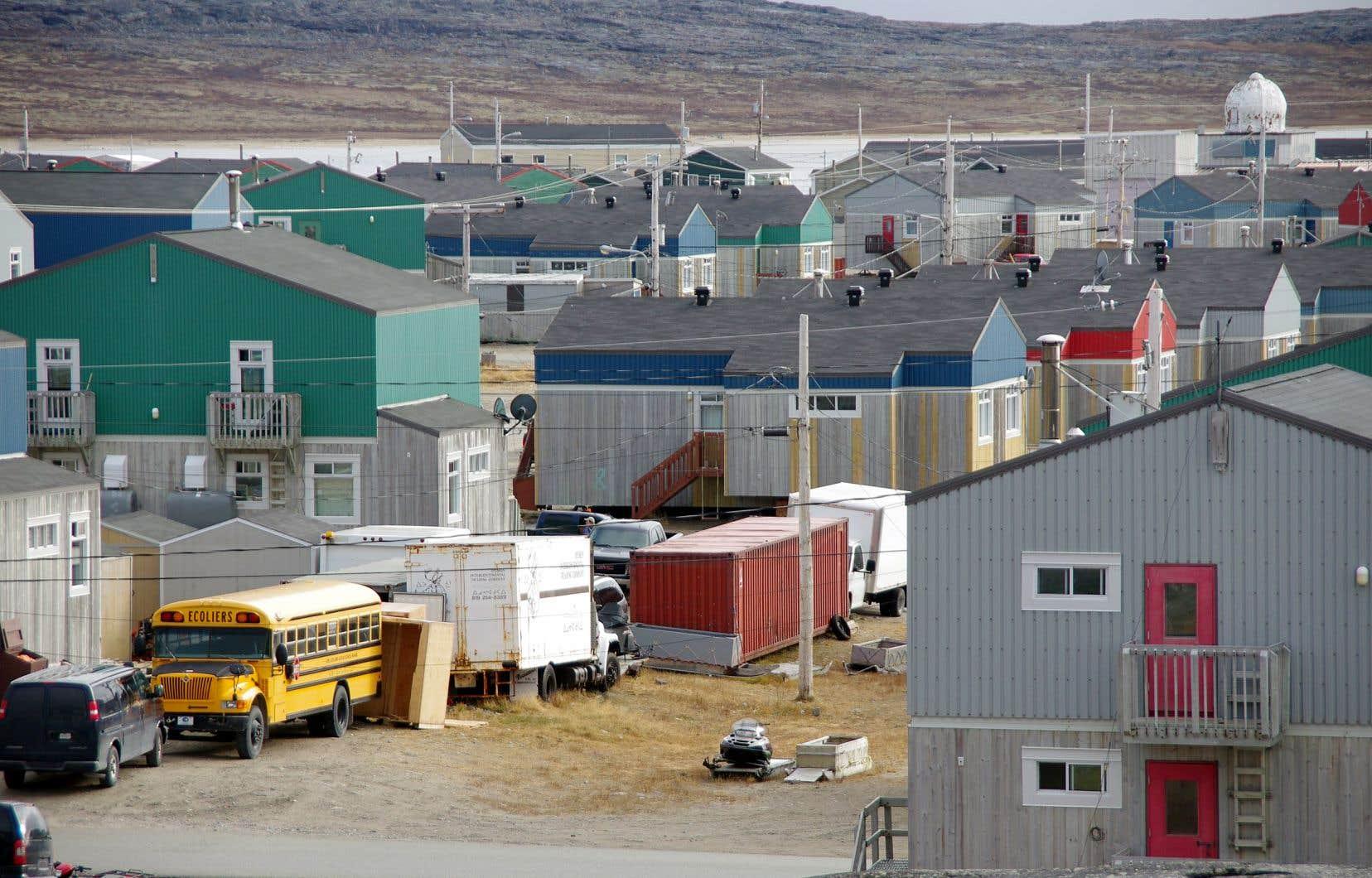 Le projet, terminé en mai 2016, se trouve dans la communauté inuite d'Inukjuak, au Nunavik.