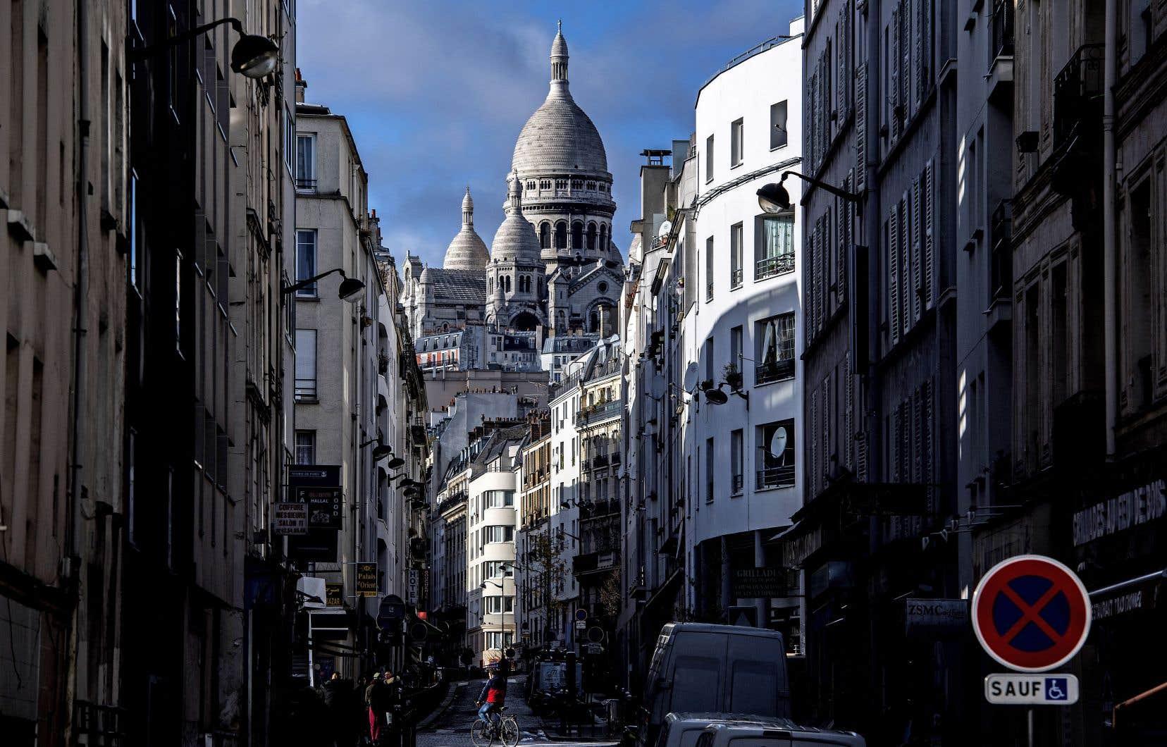 Mercredi, dans plus de 200 lieux de la Ville Lumière, dont 32 bibliothèques, 41 bureaux de poste et cinq musées, les Parisiens sont invités à quitter leur tourbillon journalier le temps de prendre la plume.