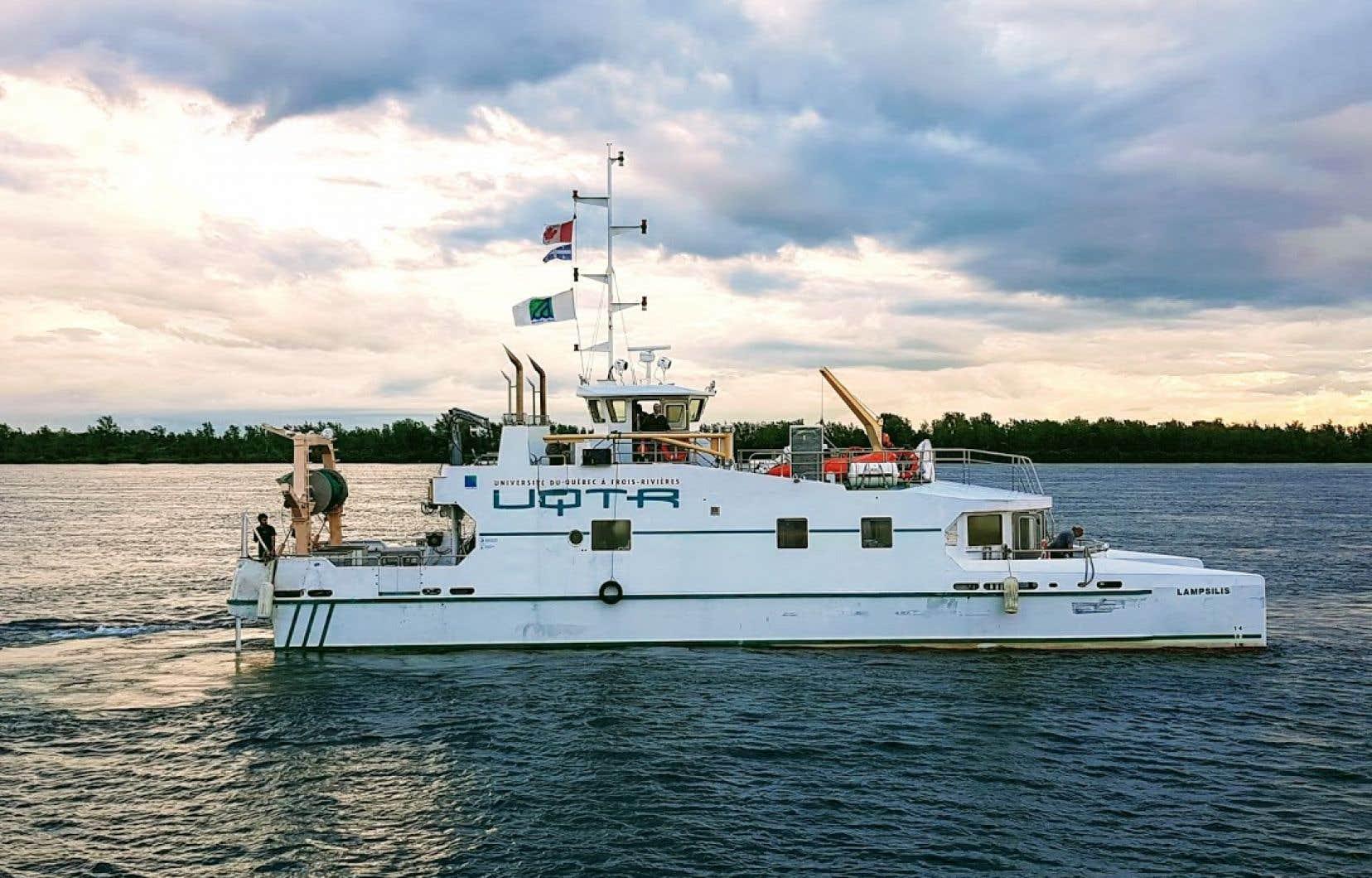 L'équipe de chercheurs du «N/R Lampsilis» a sillonné le Saint-Laurent en juillet2017 et 2018 pour dresser un portrait détaillé de l'état du fleuve.