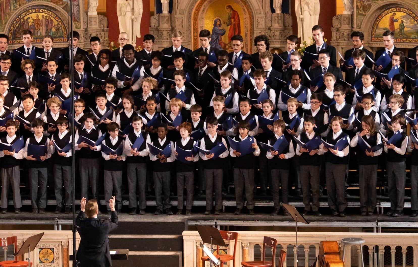 En vertu de l'accord historique qui doit prendre fin, les Petits Chanteurs du Mont-Royal pouvaient faire leur secondaire au Collège Notre-Dame, un établissement privé.