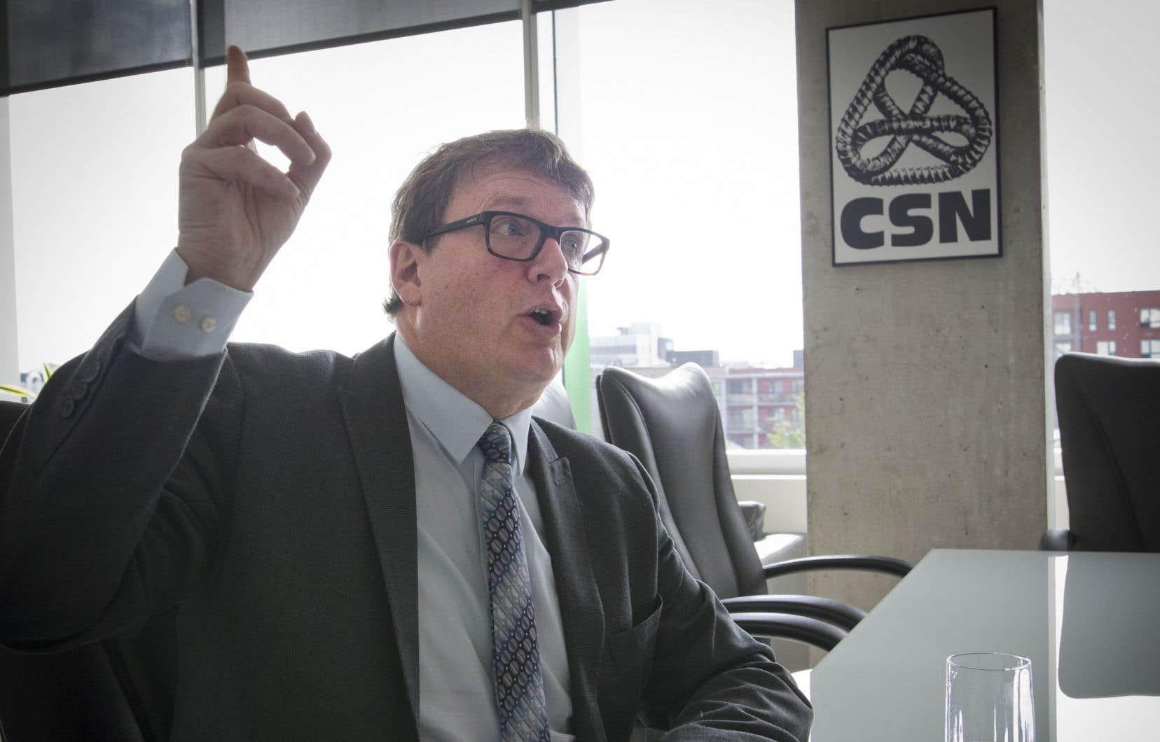 «Les compagnies établies au Québec jouissent de subventions gouvernementales et de crédits d'impôt très avantageux», a déclaré le président de la CSN, Jacques Létourneau.