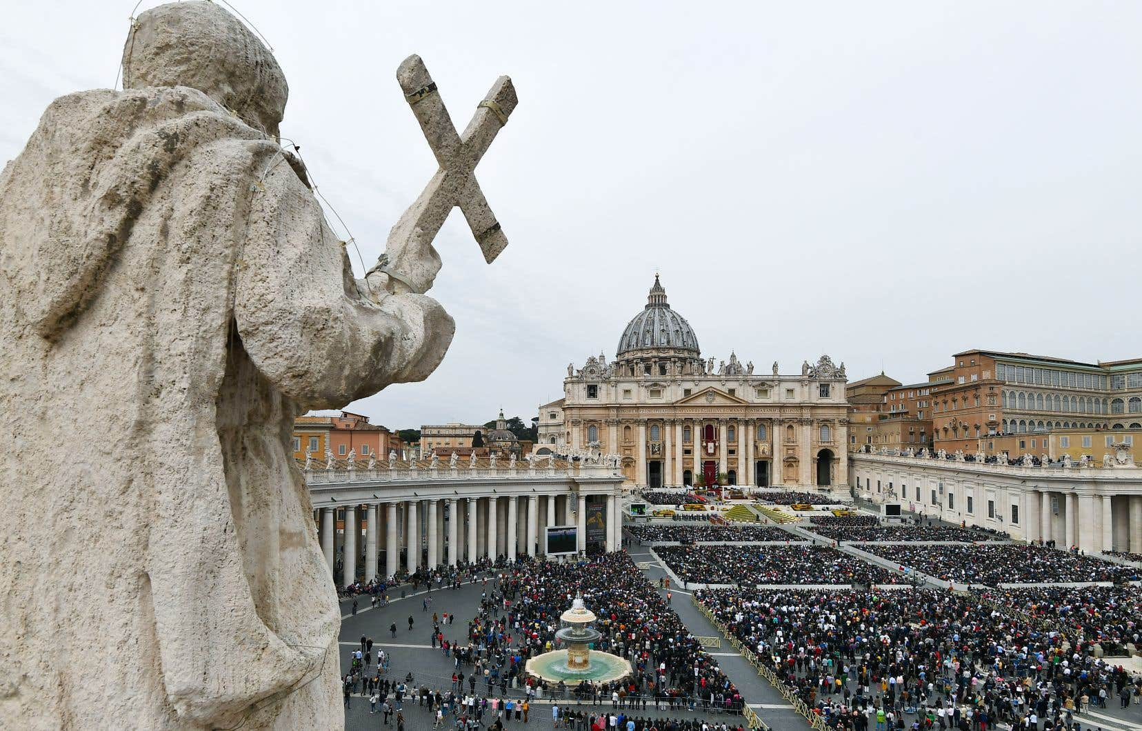 <p>Le Vatican rend toujours compte des démissions d'évêques dans ses communiqués, mais sans jamais en préciser les motifs.</p>