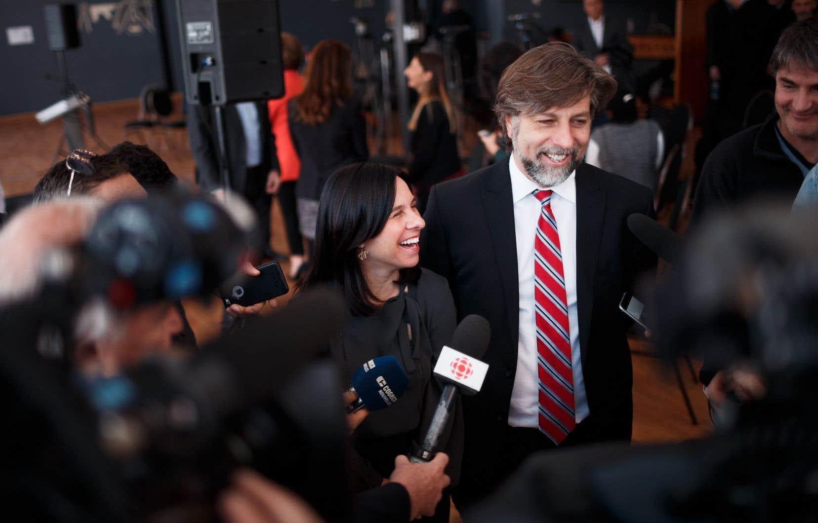 La mairesse de Montréal, Valérie Plante, aux côtés du maire démissionnaire de l'arrondissement du Plateau-Mont-Royal, Luc Ferrandez, en février 2018