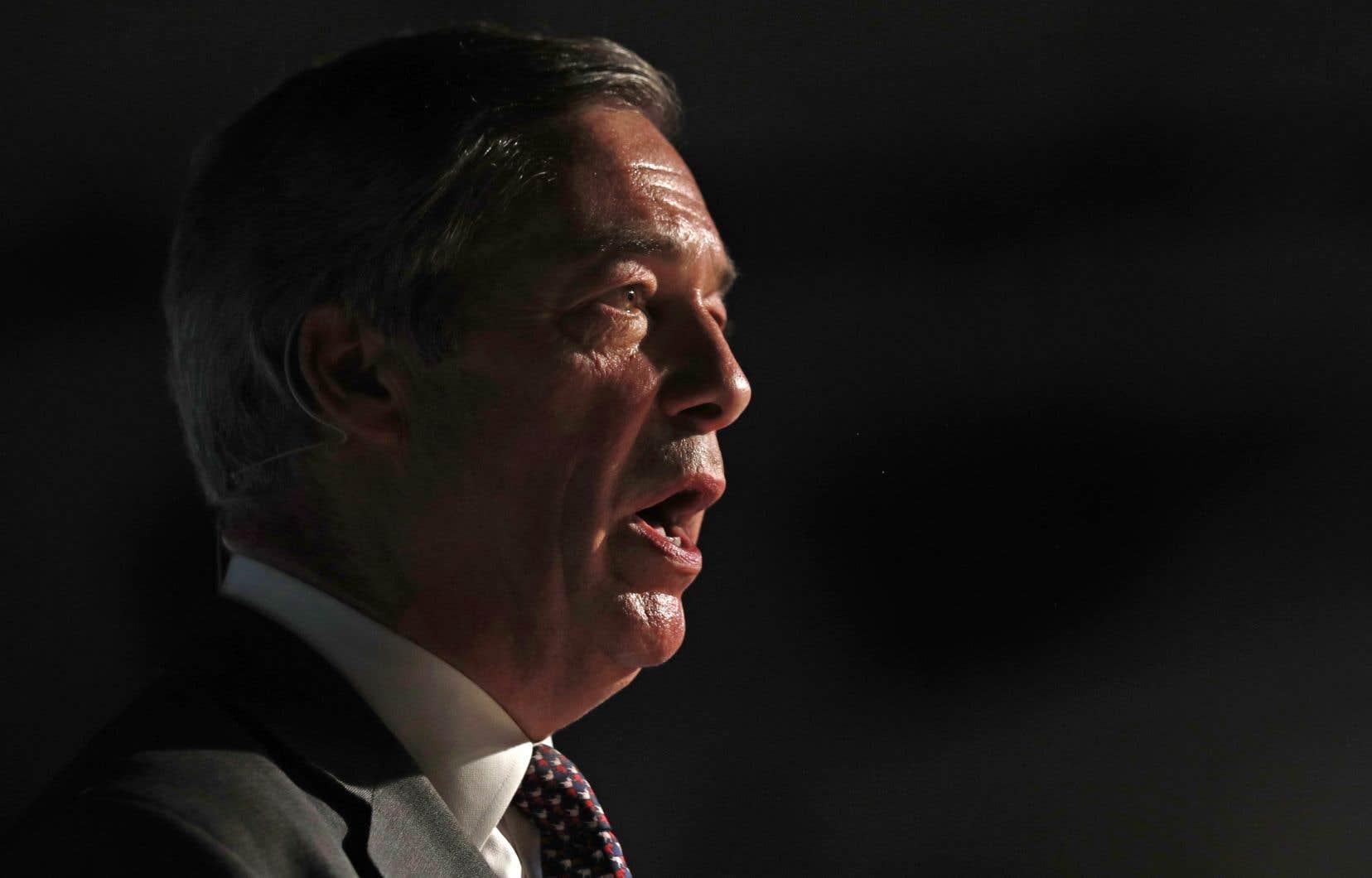 Le parti pro-Brexit et europhobe présidé par Nigel Farage arrive en tête des sondages au Royaume-Uni.