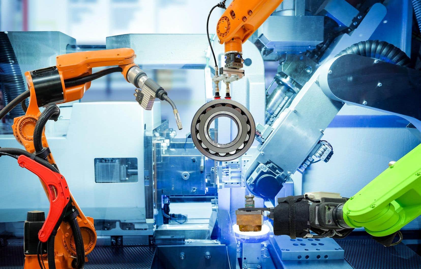 L'expression «industrie 4.0», en vogue depuis peu, fait référence à l'entrée du secteur manufacturier dans une quatrième révolution industrielle.