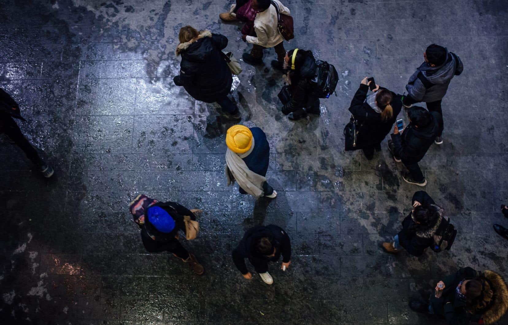 Une des préoccupations des trois rapporteurs spéciaux concerne les conséquences pour les personnes susceptibles «de se trouver désavantagées ou exclues d'un emploi ou d'occuper un poste public en raison des effets potentiels du projet de loi proposé».