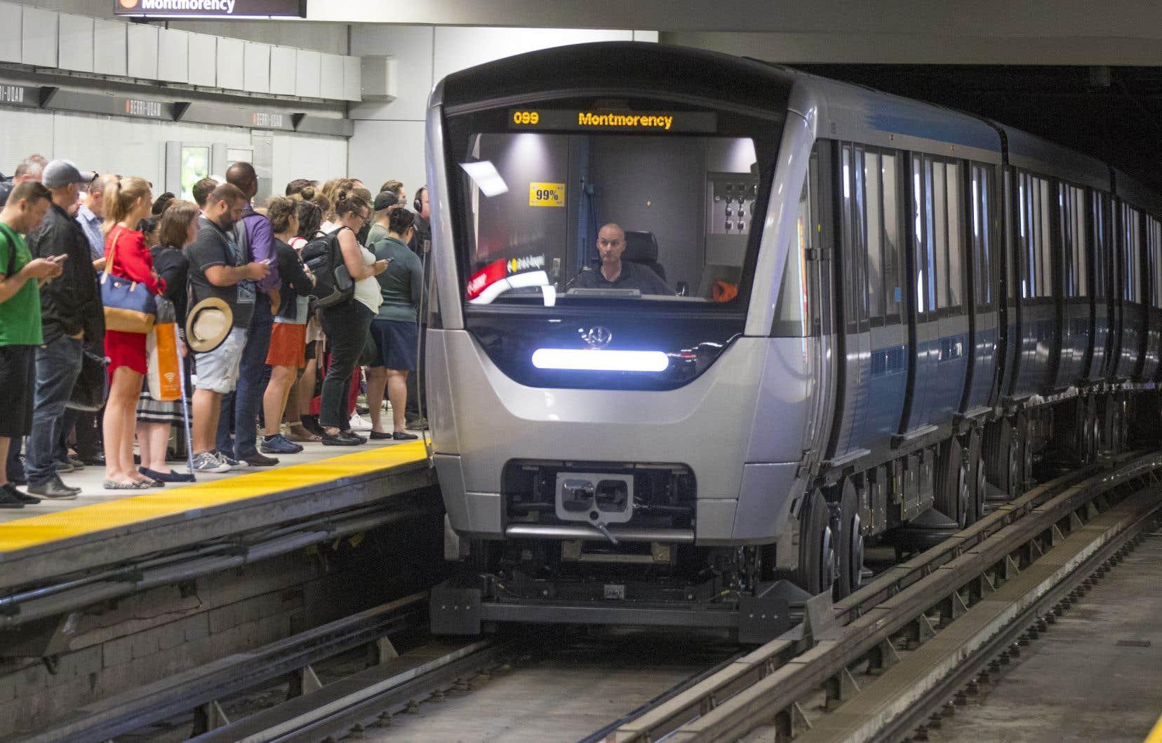 La nouvelle étude analysera les impacts des prolongements de la ligne bleue, de la ligne jaune et du Réseau express métropolitain (REM) sur la ligne orange.