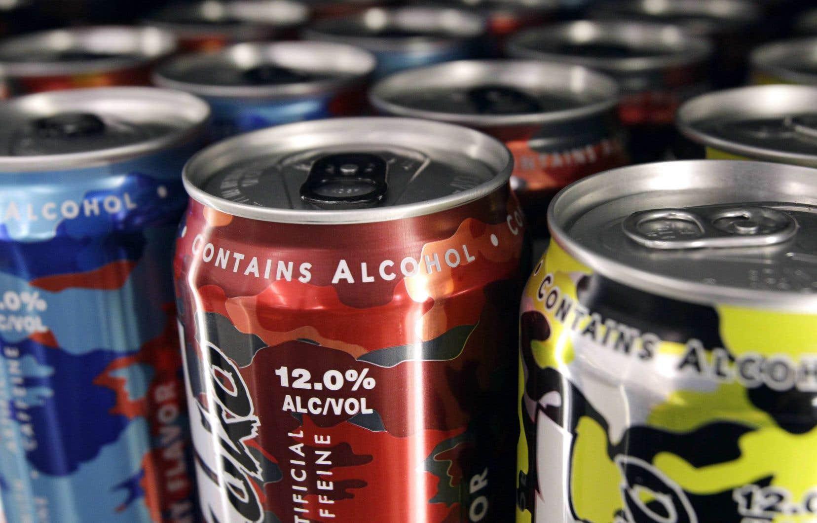 Après le décès d'une jeune adolescente, Éduc'alcool avait conseillé d'encadrer l'étiquetage et l'emballage de ces produits, qui attirent l'oeil des jeunes avec leurs couleurs vives.