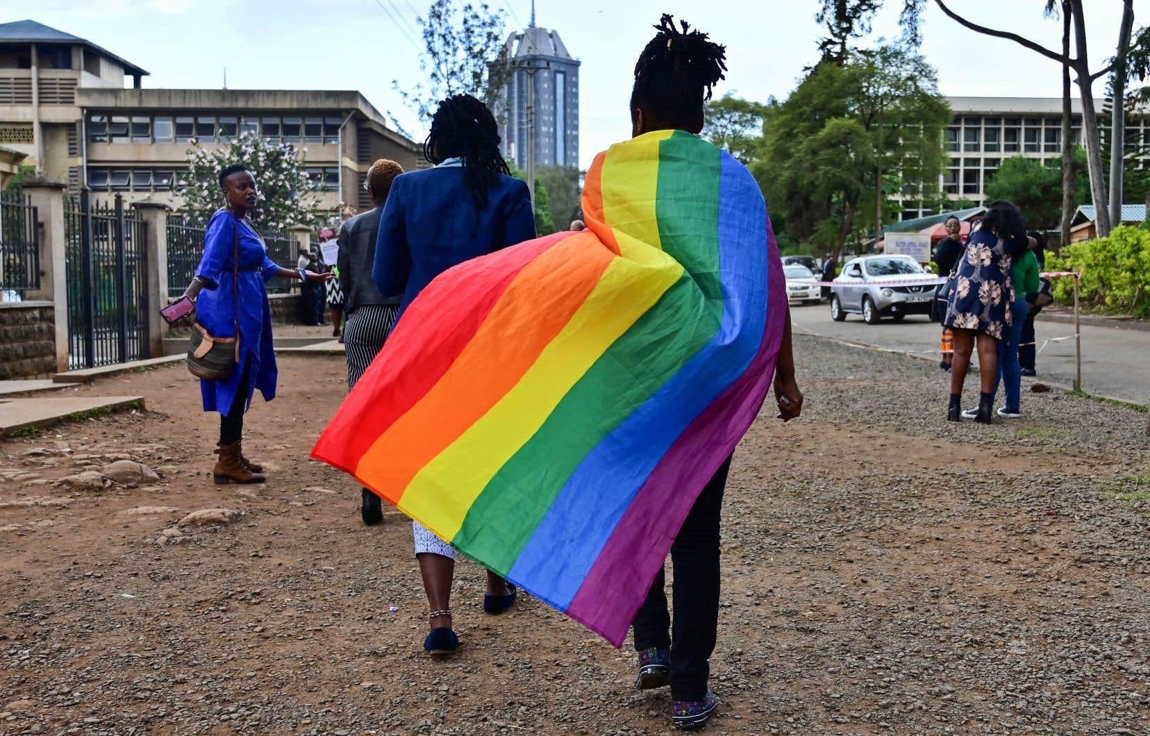 Les condamnations pour homosexualité sont rares au Kenya, mais les membres de la communauté LGBTQ sont souvent victimes de violence ou de chantage en raison de leur orientation sexuelle.