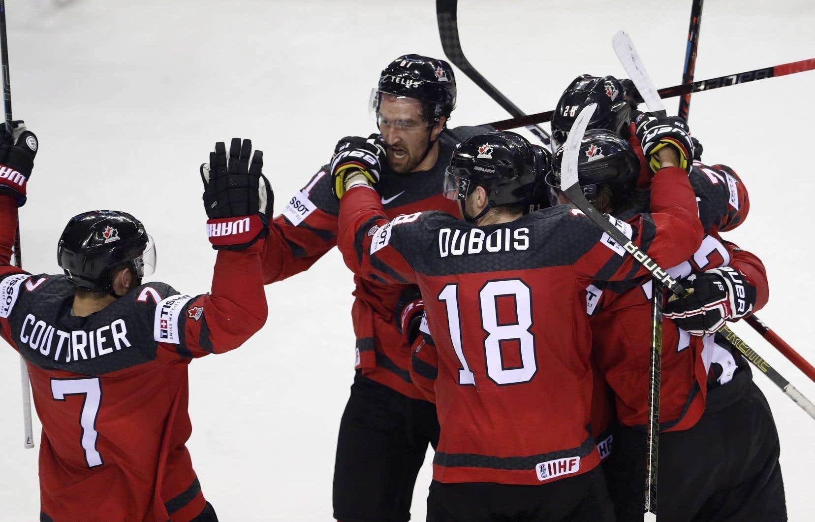 C'est aussi une petite revanche pour la nation, qui s'était inclinée contre la Suisse en demi-finales l'an dernier. Le Canada avait alors été exclu des médailles pour une première fois en quatre ans.