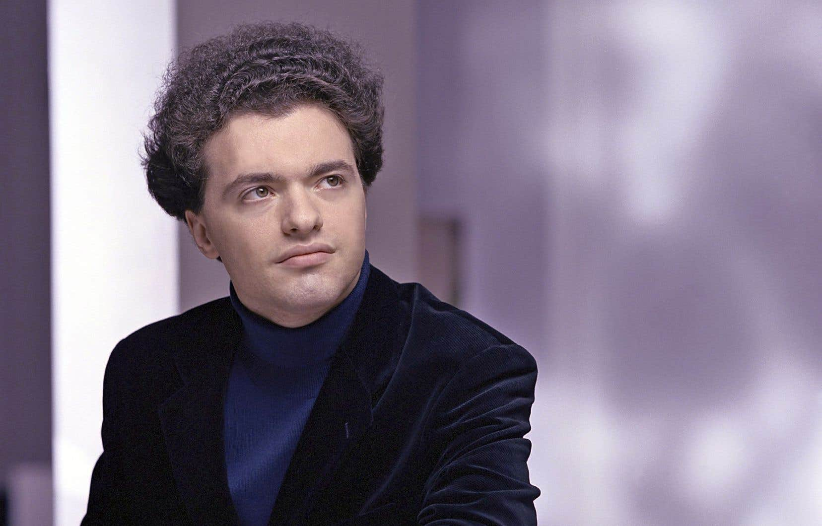 Le pianiste russe Evgeny Kissin a livré samedi une prestation qui tenait du privilège pour les spectateurs.