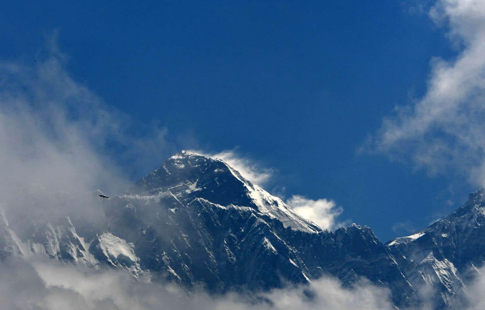 <p>La saison de l'Everest, la plus meurtrière depuis 2015, tire actuellement à sa fin.</p>
