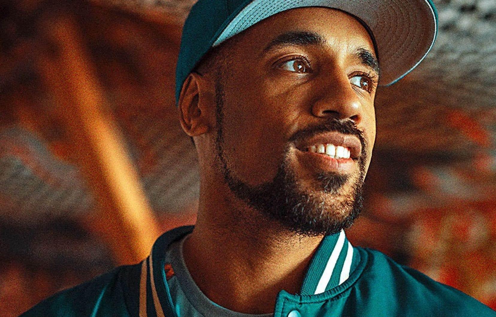 L'auteur, compositeur, producteur et rappeur KNLO revendique ses origines congolaise et fidéenne.