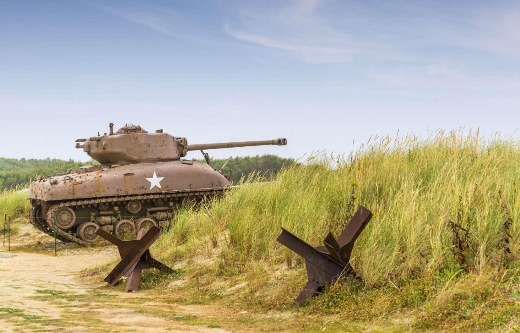 En moyenne, les touristes sont plus de cinq millions à visiter la Normandie chaque année, attirés par les nombreux sites relatant cette phase majeure de la grande boucherie de 1939-1945.