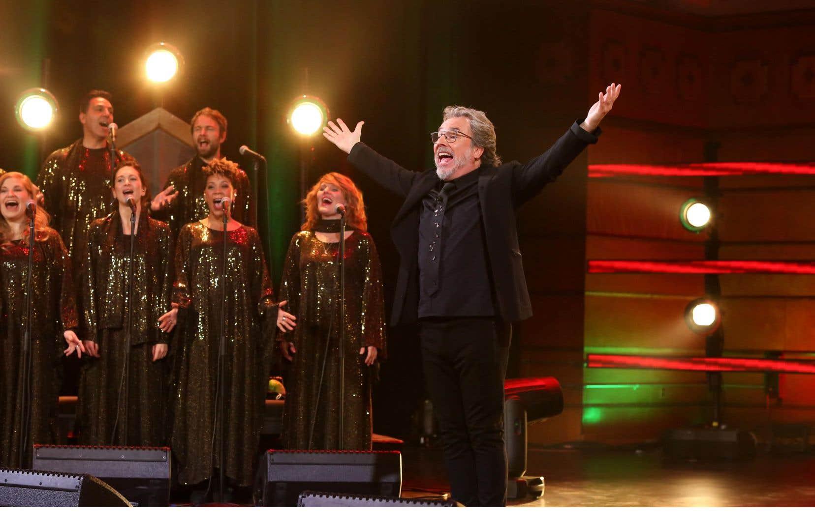 Télé-Québec prolonge la réunion gospel hebdomadaire «Y'a du monde à messe»de Christian Bégin pour les saisons à venir.