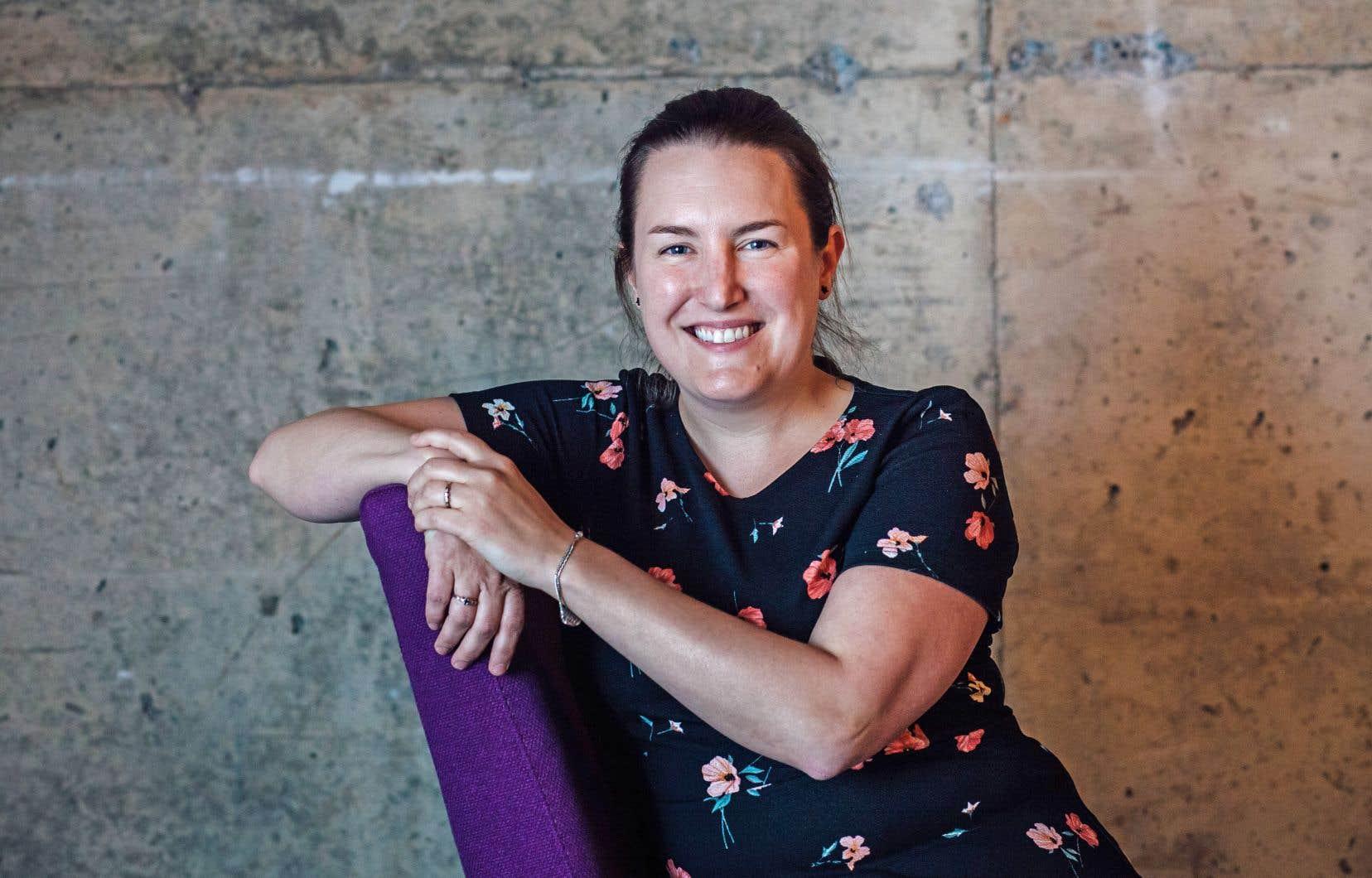 Catherine Beauvais-St-Pierre, enseignante depuis dix ans, incarne le changement de garde à l'Alliance des professeures et professeurs de Montréal.