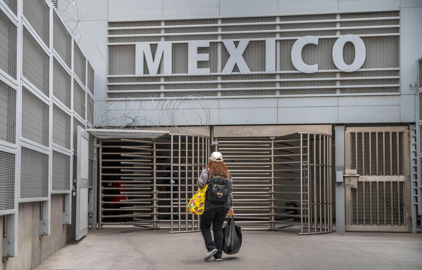 Donald Trump aexhorté vendredi Mexico à «reprendre le contrôle de son pays aux mains des barons de la drogue et des cartels».