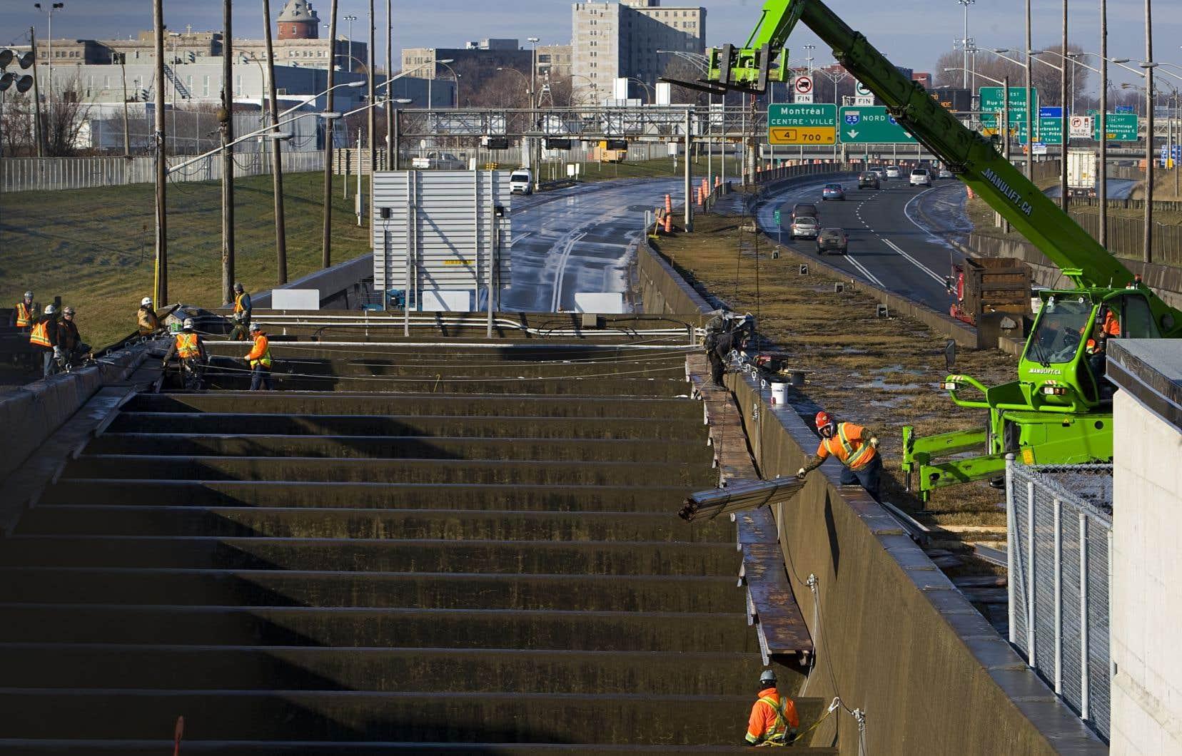 Pas moins de 47millions de véhicules empruntent chaque année le tunnel Louis-Hippolyte-La Fontaine.