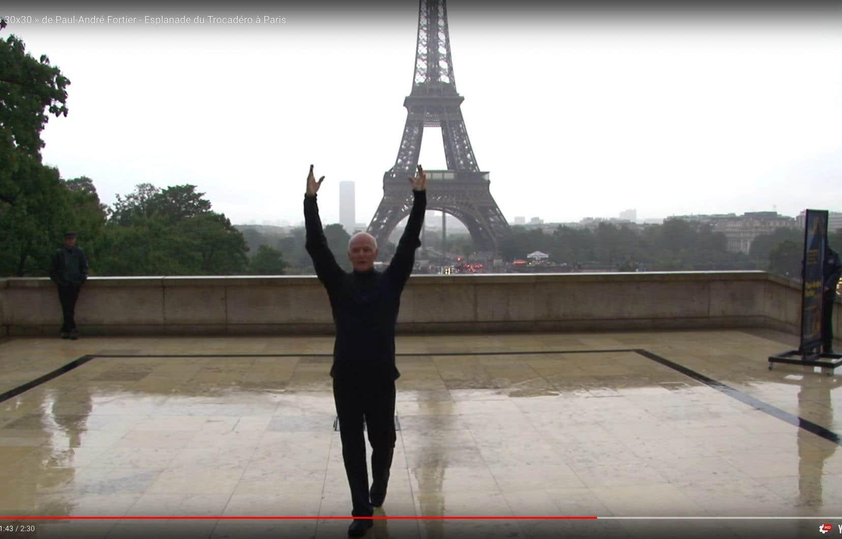 Capture d'écran d'une vidéo du projet «Solo 30x30», sur l'esplanade du Trocadéro à Paris