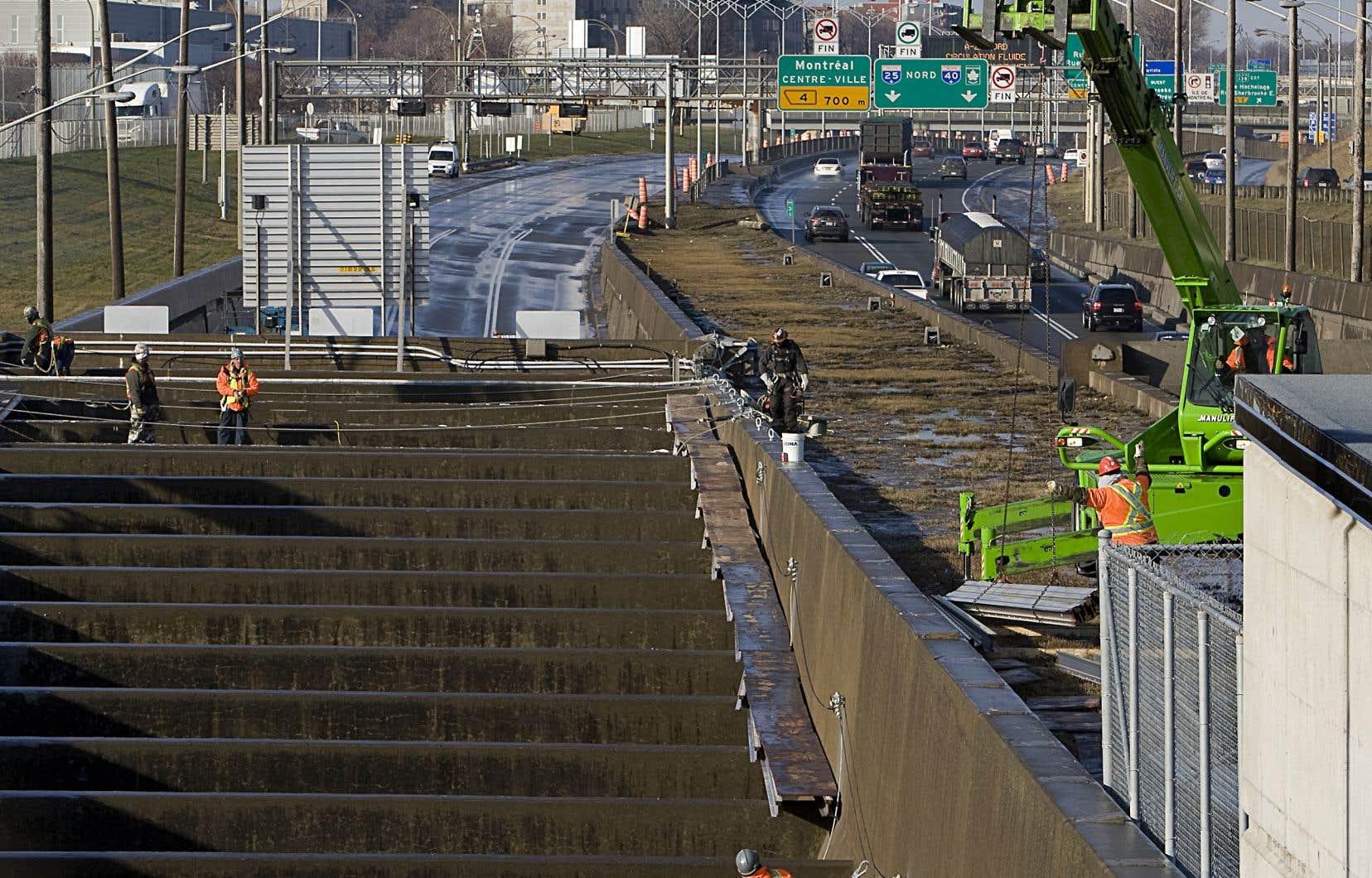 Quelque 47millions de véhicules empruntent chaque année le pont-tunnel qui relie Montréal à la Rive-Sud.