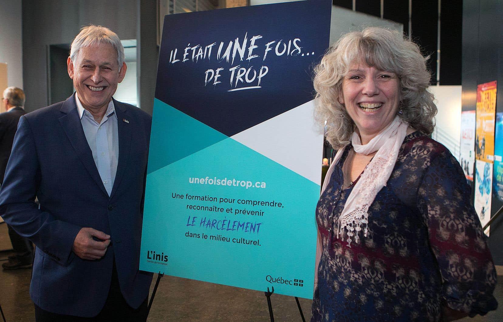 Le directeur général de l'INIS, Michel G. Desjardins, et la responsable du projet «Il était une fois... de trop», Bianca Nolasco, mardi