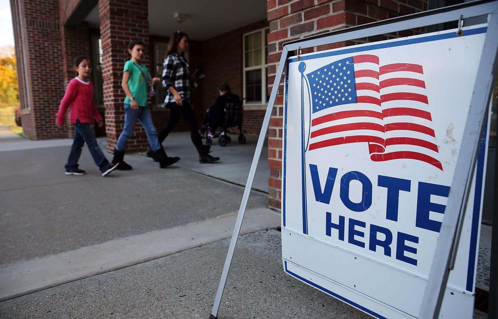 Un bureau de vote auConnecticut lors de l'élection présidentielle américaine de 2016