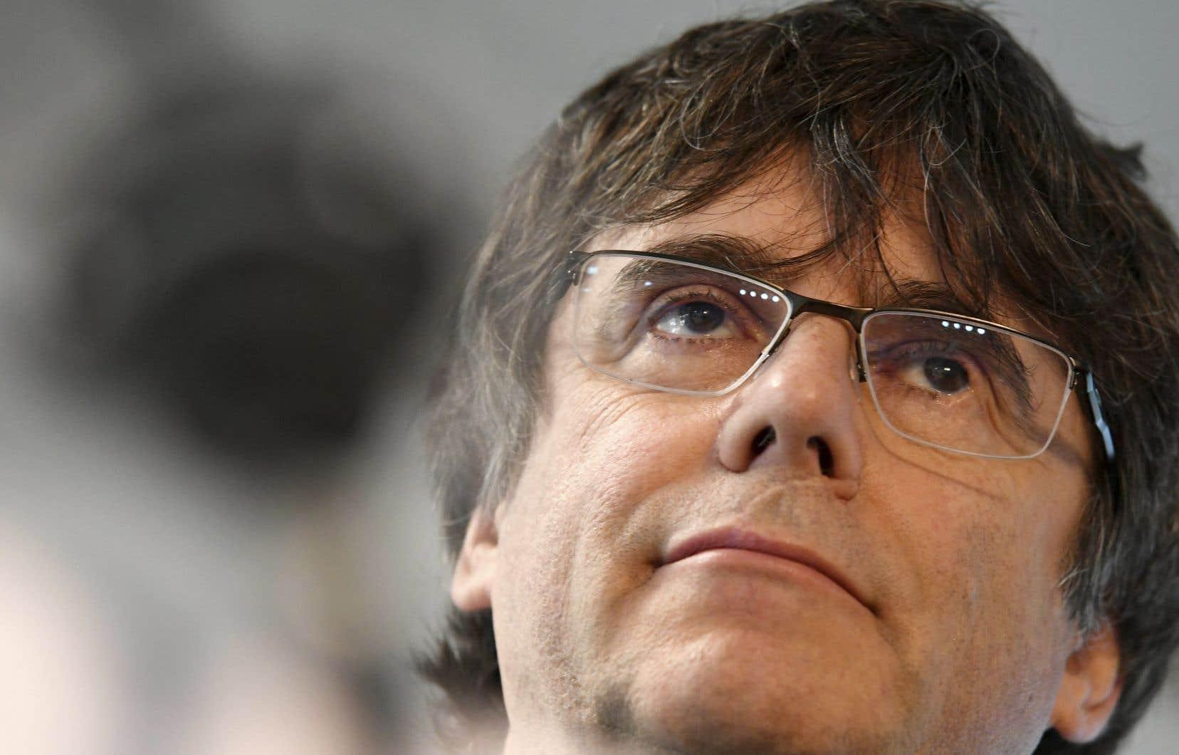Le chef du Bloc Yves-François Blanchet a rencontré Carles Puigdemont en catimini