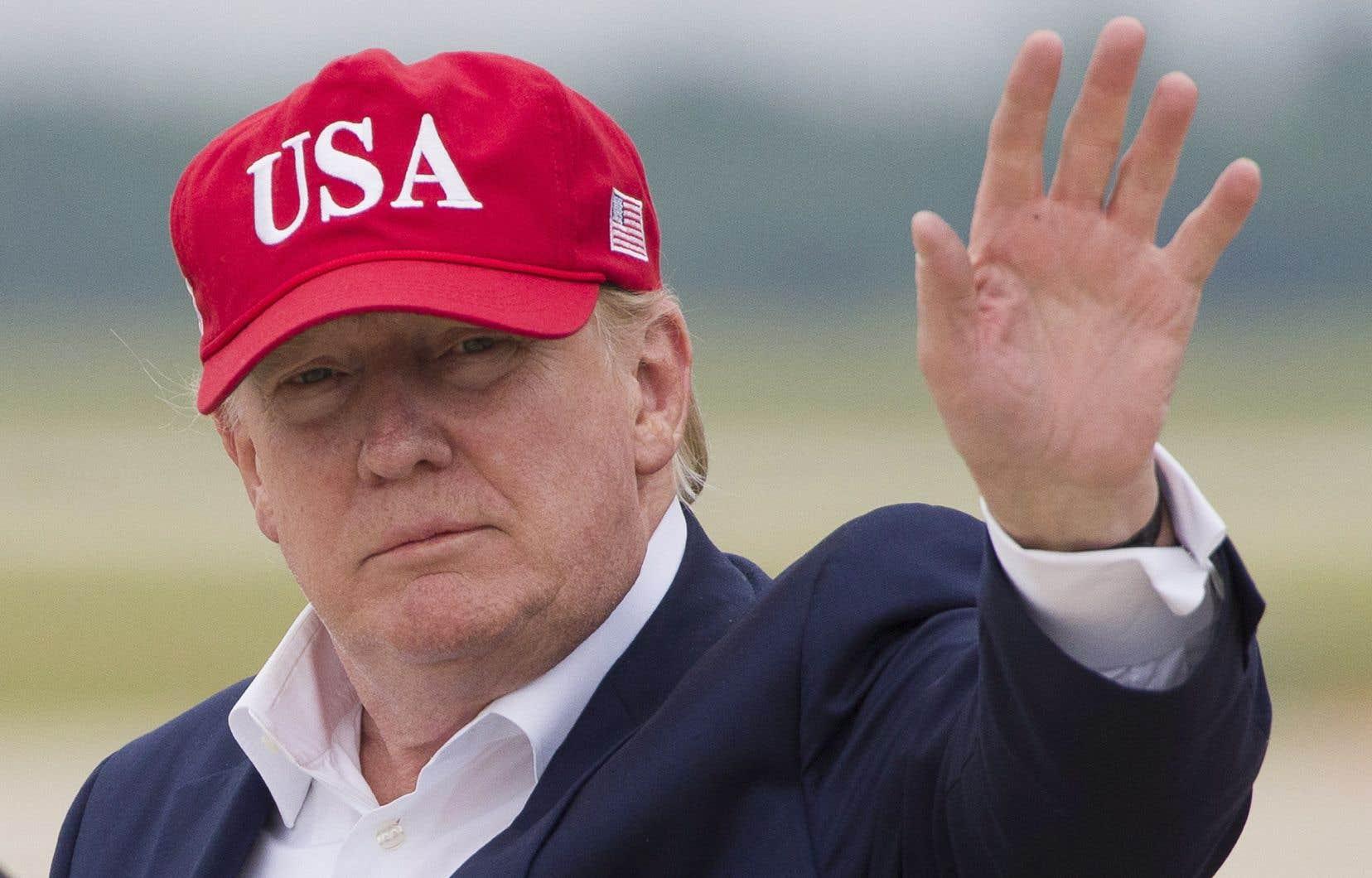 Donald Trump veut appliquer dès lundi une taxe de 5% sur tous les biens provenant du Mexique, une taxe qui pourrait augmenter jusqu'à 25% le 1er octobre.